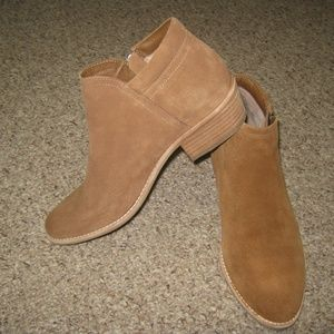 STEVE MADDEN SUEDE TAN CAMEL BOOTIES SHOES 8